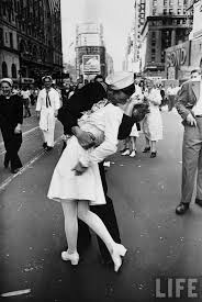 best 25 famous pictures ideas on pinterest the kiss iconic