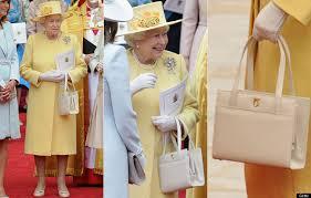 queen handbag what are the content in queen elizabeth ii s handbag information