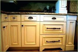 oil rubbed bronze kitchen cabinet pulls oil rubbed bronze cabinet pulls 4 inch 6 1 4 center bar cabinet pull
