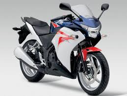 honda cbr details and price honda cbr 250r price mileage specs features images review top speed