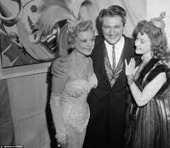 Ricky Ricardo Quotes Vintage Photos Show Marilyn Monroe Frank Sinatra And Sammy Davis