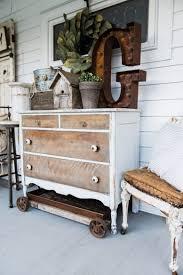 bureau decor 45 awesome rustic farmhouse porch decor ideas balkan studies