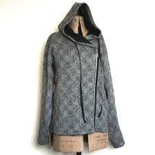 ottobre woman magazine 05 2014 03 kelopuu zipper front hoodie