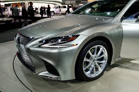 lexus 2017 2018 lexus ls 500h makes u s debut at the 2017 nyc auto show