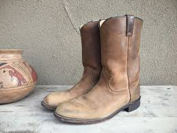 womens justin boots size 9 vintage cowboy boots s size 9 b distressed leather justin