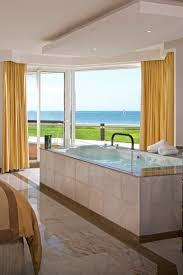 moon palace cancun double jacuzzis and large outdoor balconies
