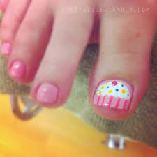 8 cute cupcake nail art design for toe nails