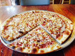 pizza of the month thanksgiving dinner pizza the crust