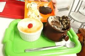 petit de cuisine sorvete de forno feijoada e petit gateau ร ปถ ายของ sorveteria