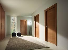 porte interieur en bois massif porte d u0027intérieure moderne en bois montpellier