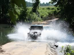 jeep water high speed river crossing in jeep wrangler 1024x768 wallpaper