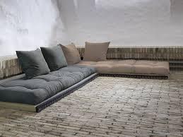 canap avec gros coussins canapé convertible futon modulable avec coussins chico