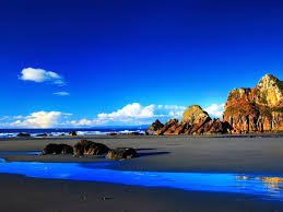 Black Sand Beaches by Z Wallpaper Black Sand Beach And Blue Sea 1600 X 1200