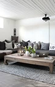 coussin sur canap gris meubles design confort en gris coussins contrastes canape angle de