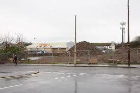 siege social aldi supermarket giants aldi say it s waiting for green light from east