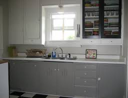 kitchen hutch ikea para paints ice pick silver gray walls paint