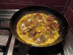 cuisiner les chanterelles grises recette de l omelette aux chanterelles