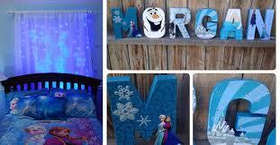 chambre reine des neiges 25 idées géniales pour une chambre de la reine des neiges frozen
