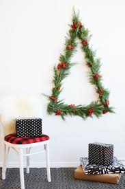 Diy Christmas Tree Pinterest Best 25 Wall Christmas Tree Ideas Only On Pinterest Xmas Trees