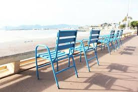 les chaises bleues de la croisette picture of cannes