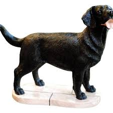 black labrador retriever gift figurine ornament peakdale sculptures