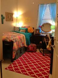 bentley college dorms 10 ways to decorate your dorm room her campus
