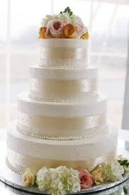 barely wedding cake at villa woodbine by cloud 9 bakery in