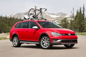 volkswagen fast car 2017 volkswagen golf alltrack review surprisingly capable subaru