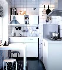 cuisine pratique et facile idace amacnagement cuisine dans cette cuisine on a mixac deux