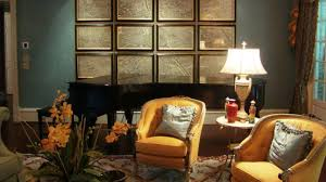vintage wall decor and antique maps a trend in home decorating