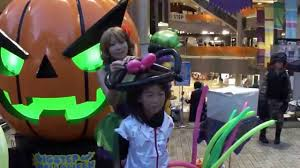 magic suzy 20151031 halloween balloon art big step