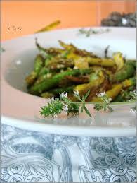 courgette cuisiner mini courgettes sautees a l ail au thym mini zucchini saltados