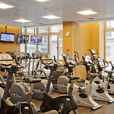 nyc apartments financial district 2 bedroom apartment for rent http tfc com sites default files building 2 gold new gym yelp 1000x1000 jpg