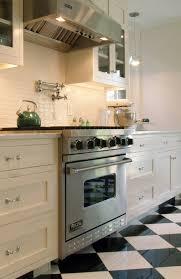 carrelage cuisine damier noir et blanc carrelage noir et blanc cuisine crdence en verre dcor