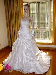 handmade wedding dresses handmade customized made to order wedding dresses and gowns