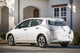 nissan leaf warranty 2015 used nissan leafs aren u0027t retaining value as dealers had expected