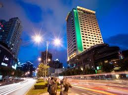 hotels near the bund in shanghai china