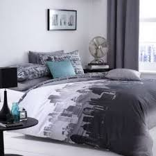 themed room ideas total fab new york city skyline bedding nyc themed bedroom ideas
