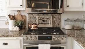 decorating ideas for kitchen countertops cheap kitchen countertop decorations ideas how to