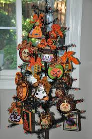 halloween trees halloween tree with creepy characters by needle deeva stitch by