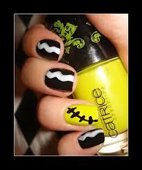 126 best nail art halloween images on pinterest halloween nail