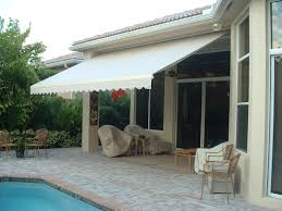 retractable awning promenade site 16