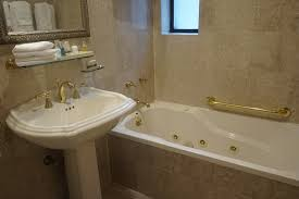 London Hotel With Jacuzzi In Bedroom Best Nyc Hotels With Jacuzzis In Rooms Including Rooftop Spas