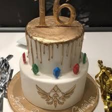 creative cakes creative cakes order food online 24 photos 36 reviews