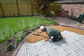 Pea Gravel Front Yard - ideas how to install pea gravel patio pea pebbles vs pea gravel