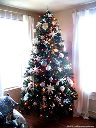 white christmas tree with colored lights white lights or multi color on your tree the dilemma is solved