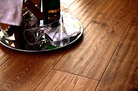 6mm Laminate Flooring Kingsfordengineered Golden Antique Oak 190mm X 20 6mm Handscraped