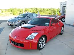 Nissan 350z Red - 350z hood scoop hs003 by mrhoodscoop
