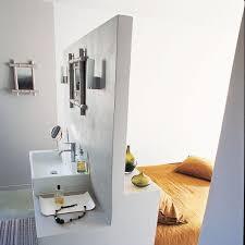 la chambre une salle de bains dans la chambre les 9 idées à suivre côté maison