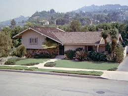 the real brady bunch house los angeles california em brady bunch em house in california ransacked by burglars